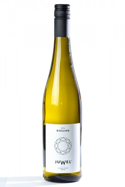 Juwel Riesling Qualitätswein 2016, Juliane Eller